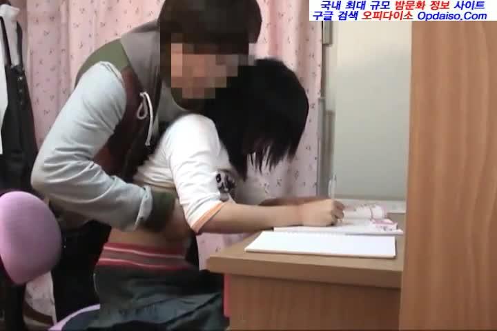 JK美少女の教え子を犯す姿を覗き見してネット流出させる変わり者家庭教師…