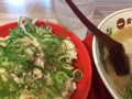 今日のお昼ごはん。「こってりラーメンとチャーマヨ丼」です。